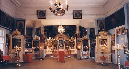 Интерьер Свято-Троицкого храма (2004 год)