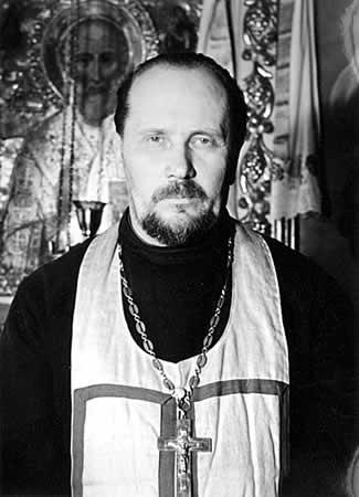 Протоиерей Николай Петровский (1903-1982), настоятель Свято-Троицкого храма с 21 ноября 1945 года по 6 ноября 1966 года