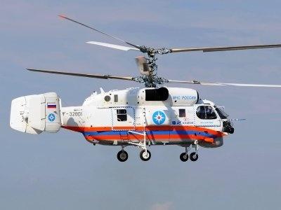 На Ладоге с вертолетом спасают дрейфующего рыбака