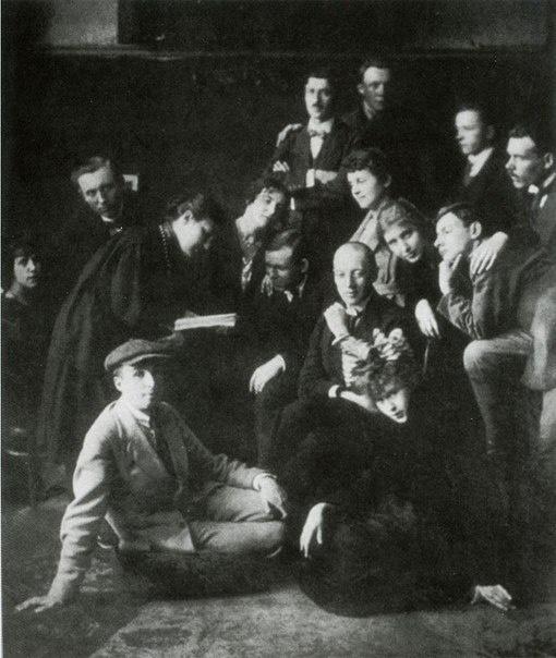 Во Всеволожском ДК состоятся литературные чтения «Николай Гумилев и Петроградский цех поэтов»