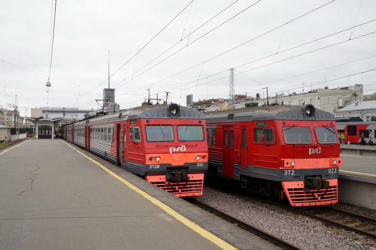 Ремонтные работы на четыре дня изменят график движения поездов