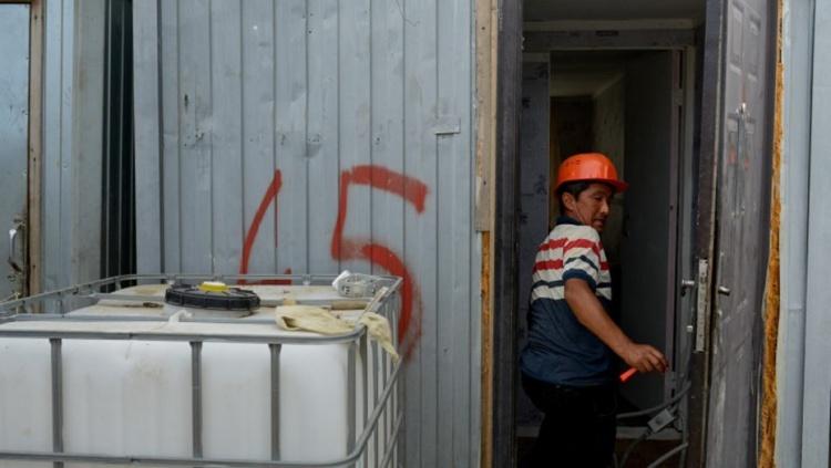 Власти Ленобласти предлагают стройкомпаниям обеспечивать мигрантов жильем