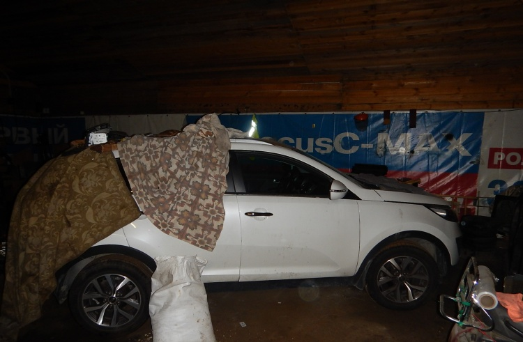 В воинской части обнаружили ангар для угнанных автомобилей