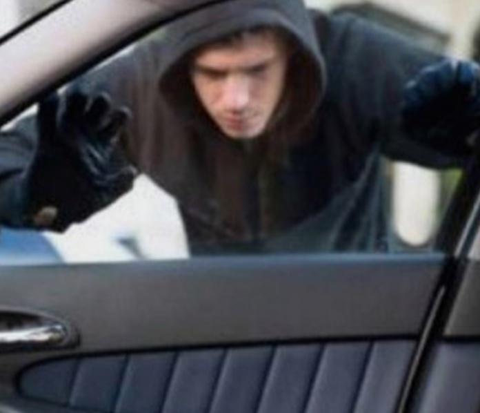 Орудуют автомобильные воры! Будьте бдительны!