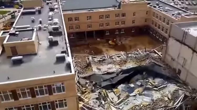 Cтроящаяся школа обрушилась в Мурино (видео)
