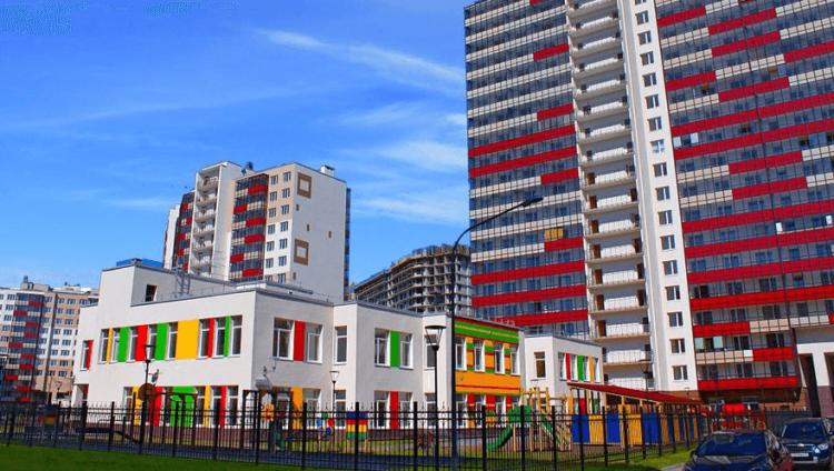 Кудровцы обсудили с властями вопросы открытия детсадов и школ