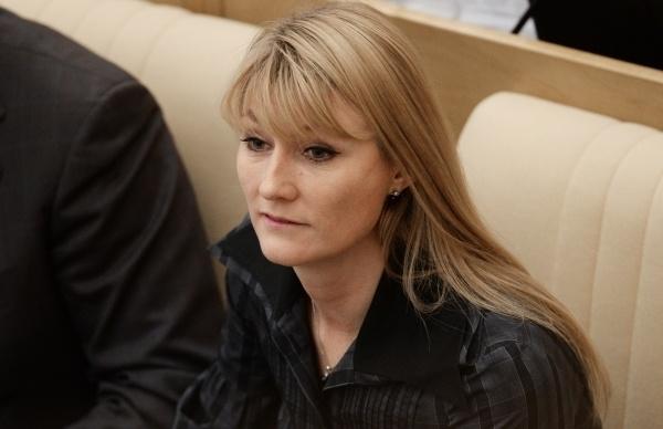 Адвокат Журовой: Бывший муж устроился в сад, чтобы не платить алименты