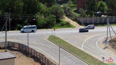 Дорожные рабочие в Кальтино перестарались с разметкой