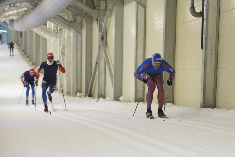 Спринтерская сборная России по лыжным гонкам снова вернулась в лыжный тоннель в Токсово