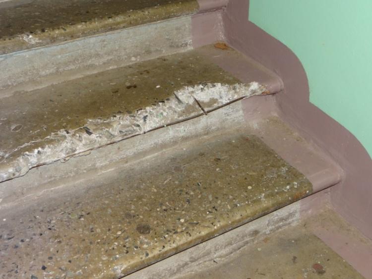 Ремонт в одном из домов Кузьмолово продержался всего полгода