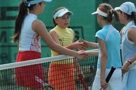 Во Всеволожской Детской Теннисной Академии прошел турнир среди юношей и девушек.