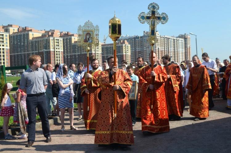 Церемония освящения временного храма в Кудрово