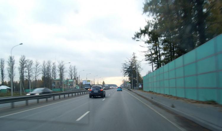 Автомобилисты жалуются на некорректные штрафы с Дороги Жизни