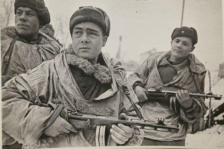Четырнадцать жителей Ленобласти получат награды за оборону Москвы