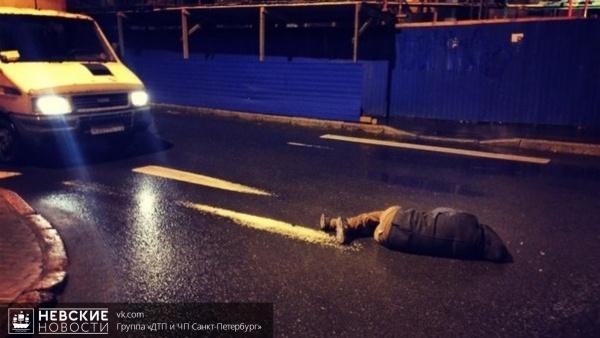 Пешеход попал под колеса внедорожника на Мурманском шоссе