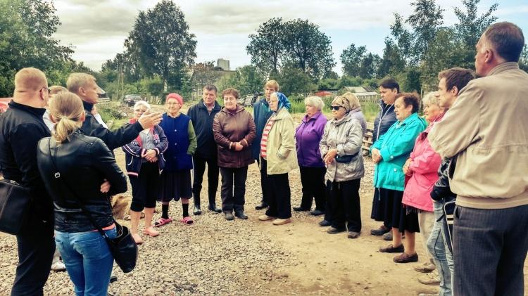 Встреча депутатов с жителями частного сектора деревни Кудрово