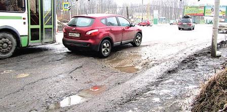 Нестабильная зима вынуждает правительство Ленобласти потратить 60 млн на ремонт дорог