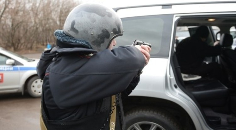 Погоня со стрельбой завершилась задержанием нарушителя в Кудрово