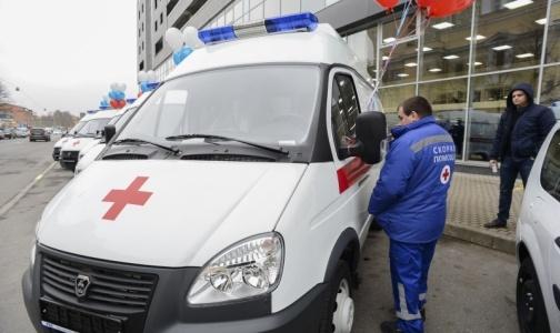 Автопарк областных больниц пополнили 25 новых «Скорых»