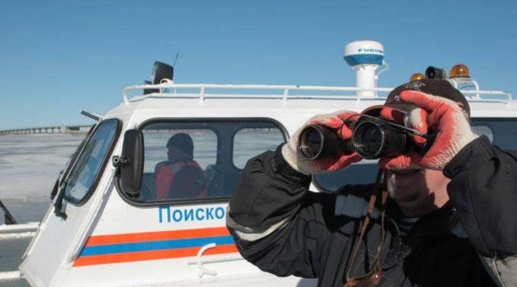 На Ладожском озере четвёртые сутки ищут пропавших рыбаков