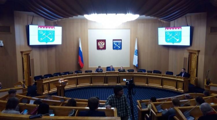 Александр Дрозденко провёл встречу с представителями интернет-сообществ Ленинградской области
