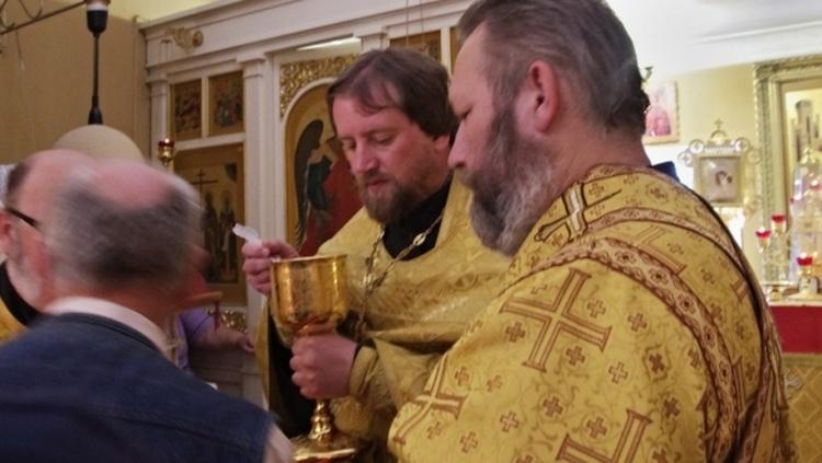 Сменил монастырь на бордель: всеволожского батюшку заподозрили в сутенерстве