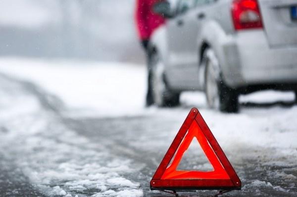 Лобовое столкновение авто произошло во Всеволожском районе, есть погибшие