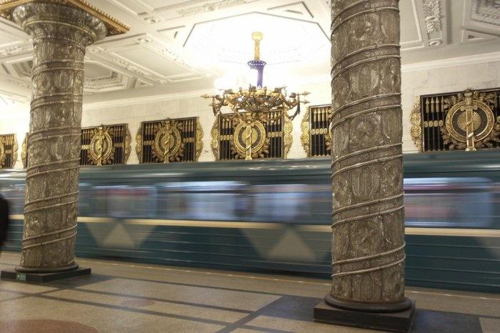 Транспорт Петербурга 4 апреля будет работать в особом режиме