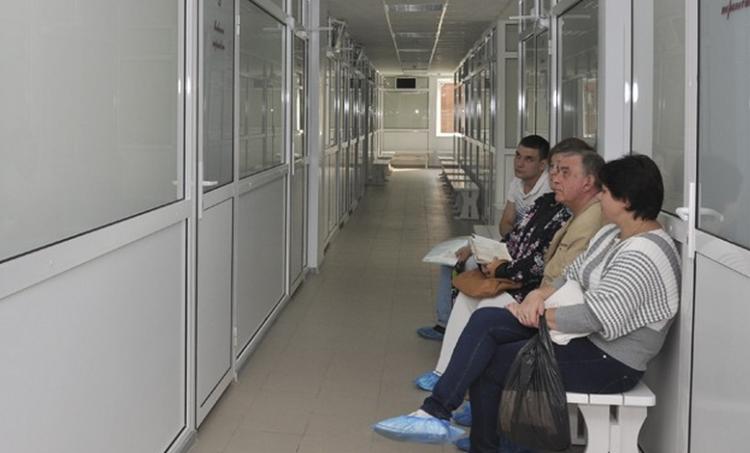 В сертоловской больнице обнаружили нехватку врачей, оставшихся привлекли к ответственности