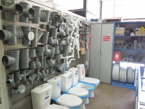 Пятеро мужчин украли со склада в Павлово сантехнику на 186 тыс. рублей