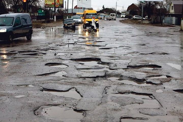 В Буграх на ремонт дорог потратят более 18 млн рублей