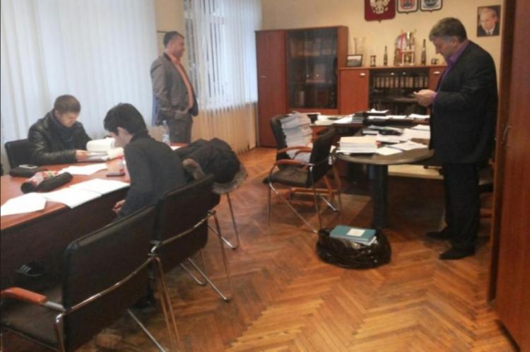 В администрации Агалатово прошли обыски