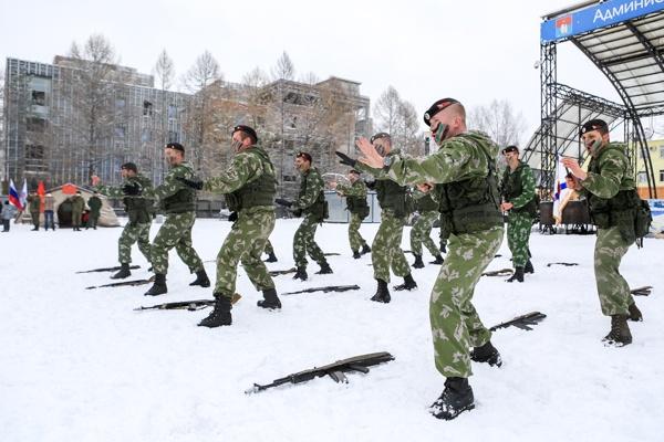 Во Всеволожске отметили День морской пехоты