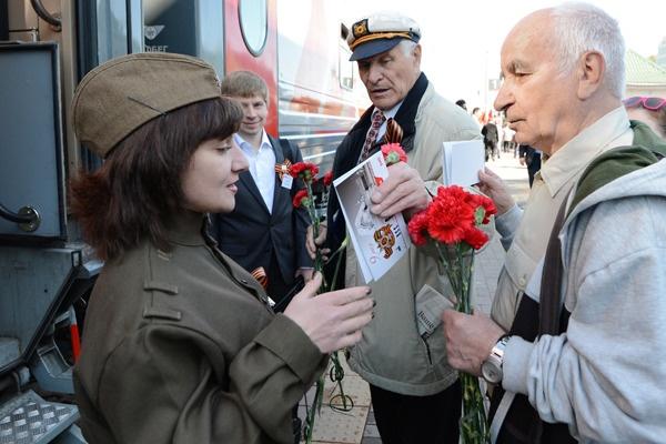 В начале мая ветераны смогут путешествовать в поездах бесплатно