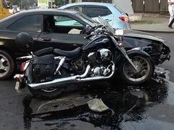 На Дороге Жизни легко пострадал мотоциклист