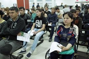 Мигранты исчезают с петербургскими патентами в других регионах