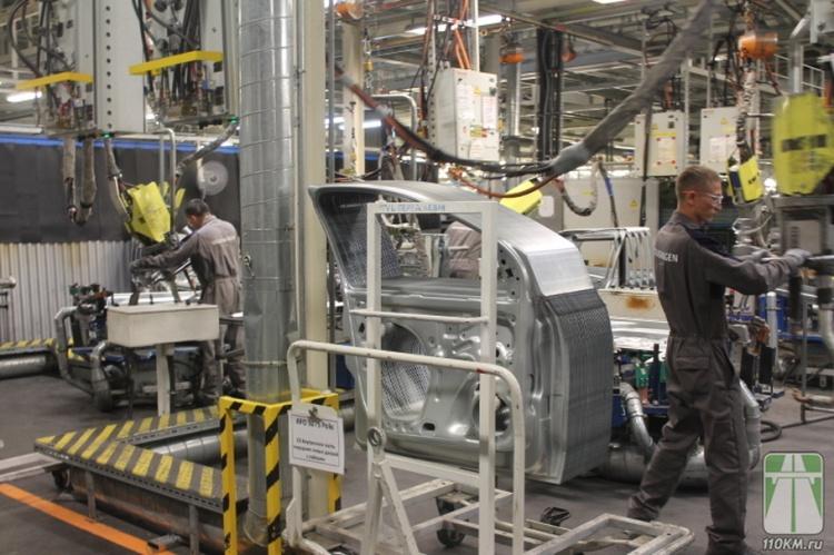 Работники заводов Nissan, Ford и Volkswagen отдохнут дольше обычного