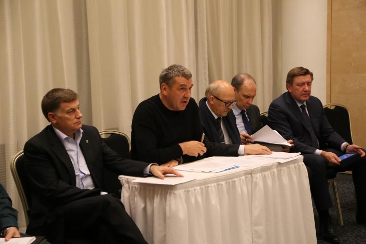 О работе образованного в связи с авиакатастрофой оперативного штаба в Петербурге за 3 ноября