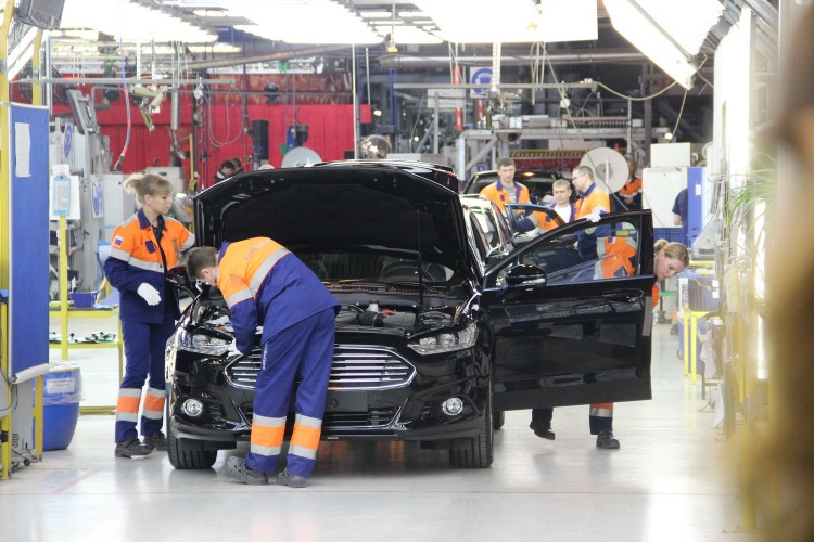Ford показал лучшие квартальные результаты за 15 лет