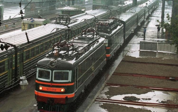 Под Петербургом за день под колёсами поездов погибли 2 человека