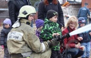 В 94-й пожарно-спасательной части Всеволожска прошел День открытых дверей
