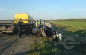 Спасатели ликвидировали последствия ДТП в поселке Гарболово в Ленобласти