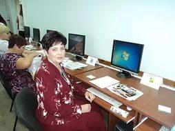 Новодевяткинские пенсионеры осваивают IT-технологии