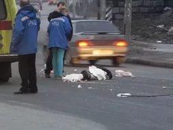 На Выборгском шоссе сбили двух человек