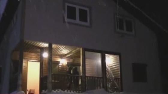 Пьяный пожарный патруль 4 часа пытался потушить пожар в загородном доме
